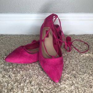 Pink lace up flats!